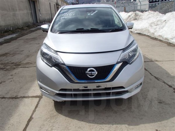 Nissan_Note_01191