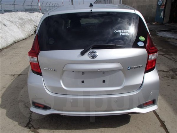 Nissan Note - 2016 год